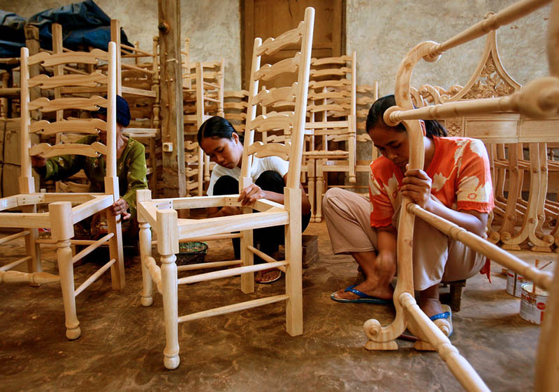EU timber license could help Indonesian small-scale furniture exporters access global markets